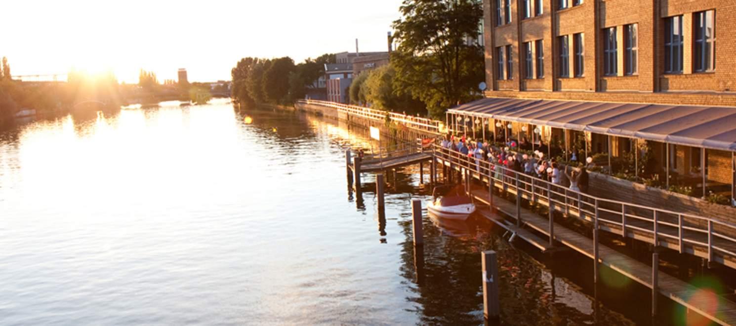 White Spreelounge Berlin